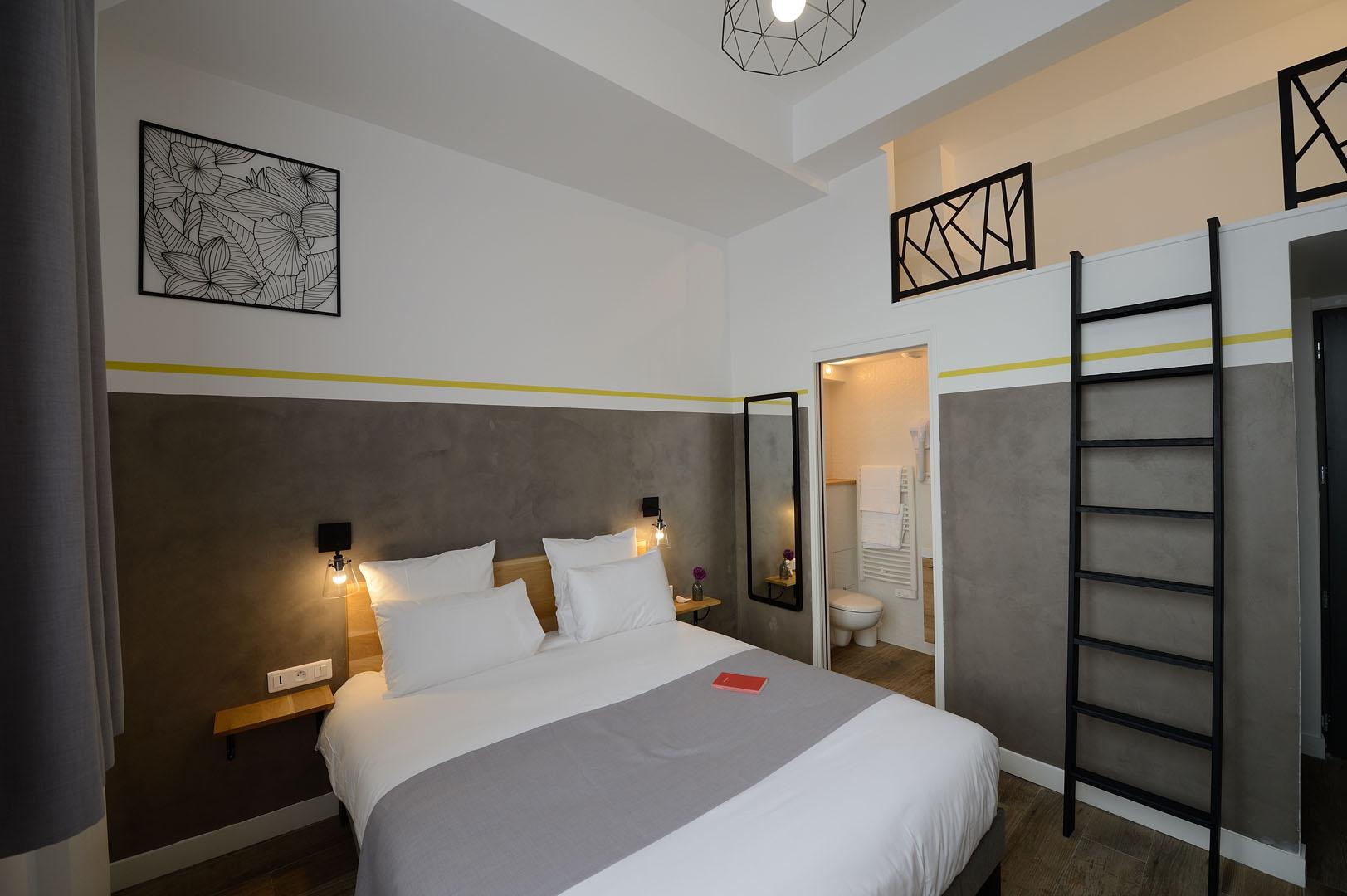 Chambre Confort, dans notre hôtel moderne à Paris, l'hôtel Terre Neuve.