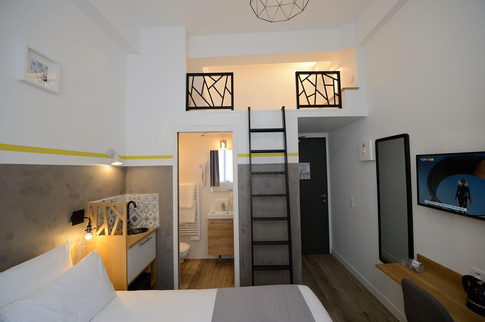 chambre avec mezzanine, hôtel Père Lachaise, Terre Neuve