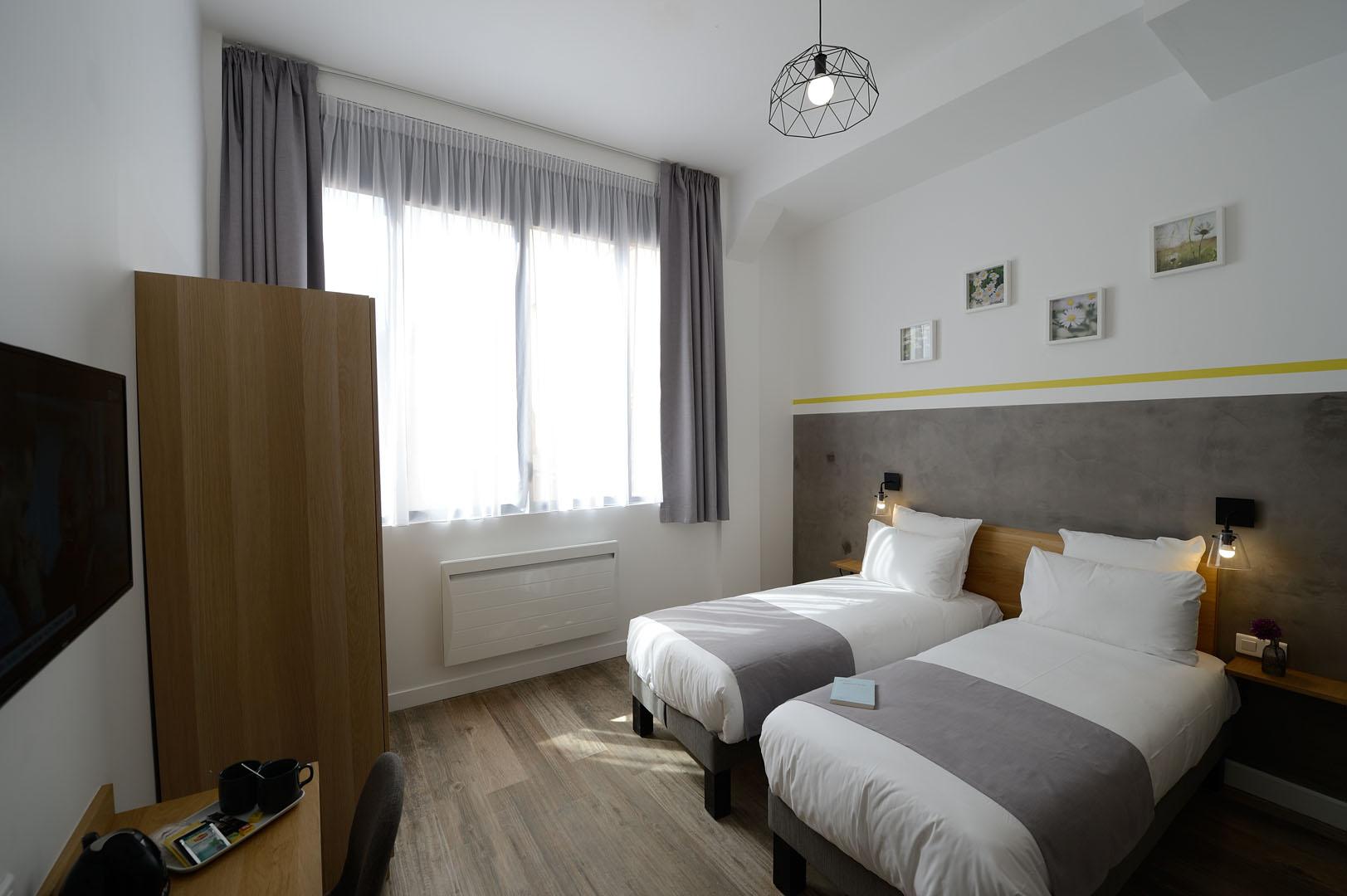 Chambre moderne, dans notre boutique hôtel à Paris, l'hôtel Terre Neuve.