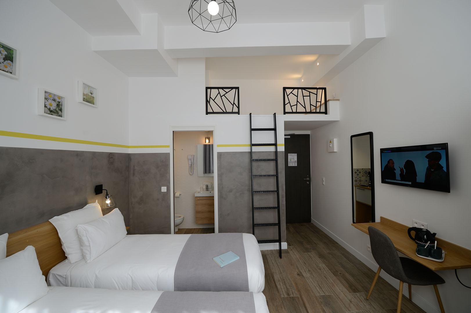 grande chambre équipée, hôtel Père Lachaise, Terre Neuve